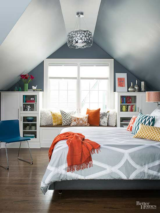 When decorating small bedrooms, every square inch is potential storage.  Sure, you can stash sweater boxes under the bed, but if you boost the bed  frame on ...