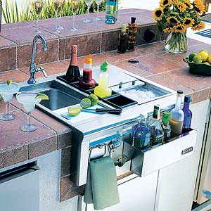 12 Things To Stock An Outdoor Kitchen