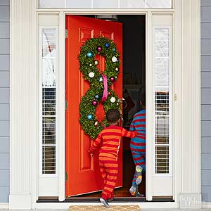 pretty christmas door decorations - Outdoor Porch Christmas Decorations
