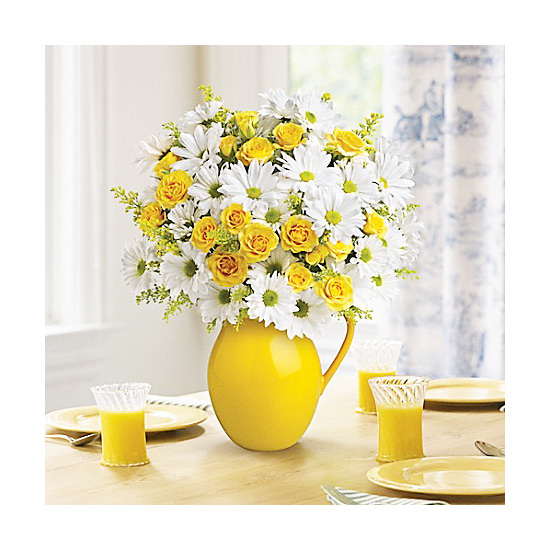 Brighten Up Your Table With These Floral Arrangements