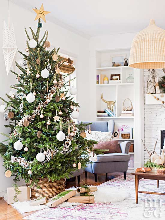 creative christmas tree themes