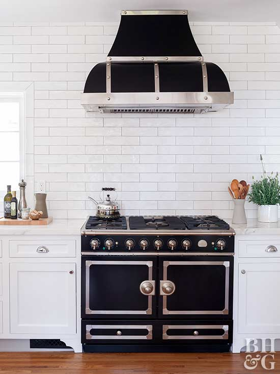 white kitchen accent colors. Few color combinations are as balanced black and white  Make use of the timeless duo by pairing foundational elements with accents No Fail Kitchen Color Combinations