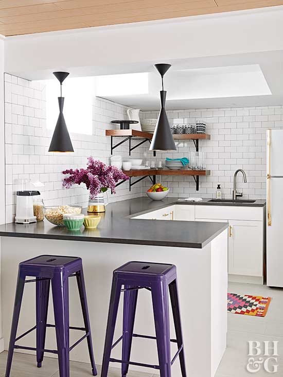 A Neutral Base Helps Royal Purple Accents Stand Out Without Overwhelming The Space Balance Rich Colors With Plenty