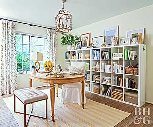 Tips For Arranging, Organizing, And Decorating Bookshelves