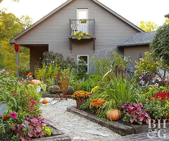 productive vegetable garden. Black Bedroom Furniture Sets. Home Design Ideas