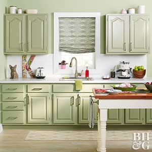 Cabinet makeovers how to paint kitchen cabinets solutioingenieria Choice Image