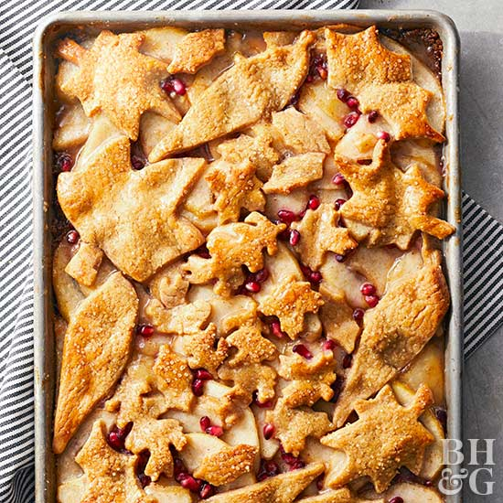 Spiced Pear-Pomegranate Pan Pie