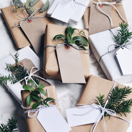 Christmas gift wrapping 10 amazing ways to transform paper into beautiful gift wrap negle Image collections