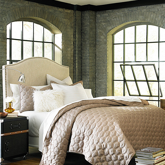 We're Currently Dreaming of These Statement-Making Headboards