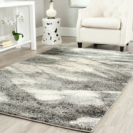 Deal of the Day: Gorgeous Rugs Up to 85% Off at Overstock