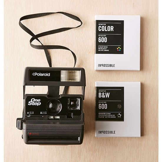 Deal of the Day: $80 Off This Classic Polaroid Camera