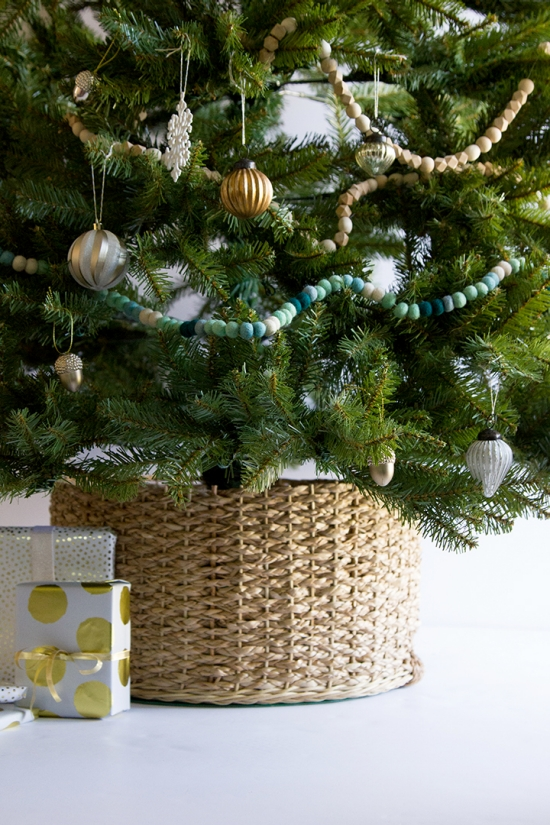 Diy christmas tree collar for Better homes and gardens media kit