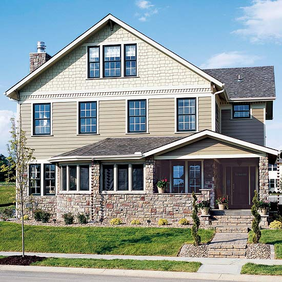 Better Homes and Gardens FAQ: Cleaning Vinyl Siding