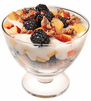 Blackberry and Nectarine Yogurt Parfait