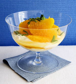 Greek Yogurt With Oranges and Mint