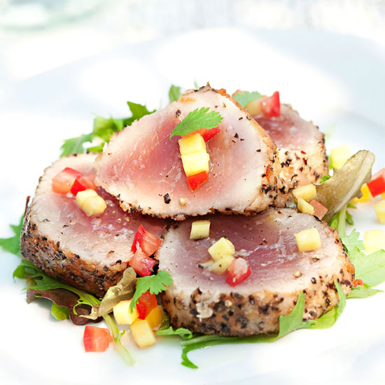 Pepper Seared Tuna with Cool Mango Relish