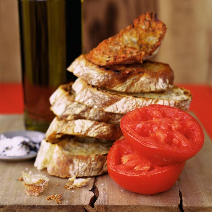 Pan con Tomate (Tomato Bread)