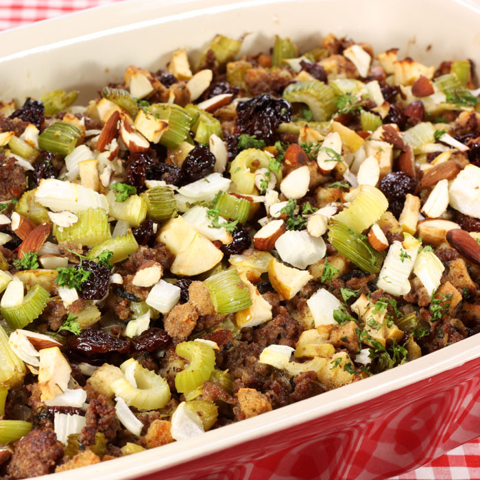 Multigrain Stuffing with Apples and Currants