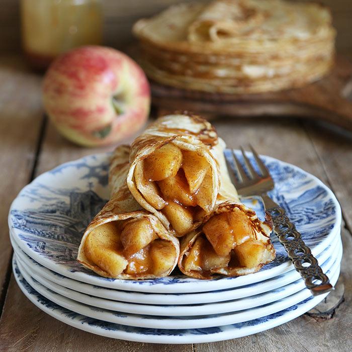 Cinnamon-Apple Crisp Crepes