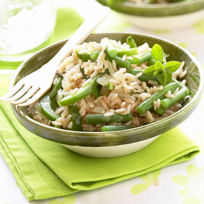 Green Beans with Brown Rice and Garlic