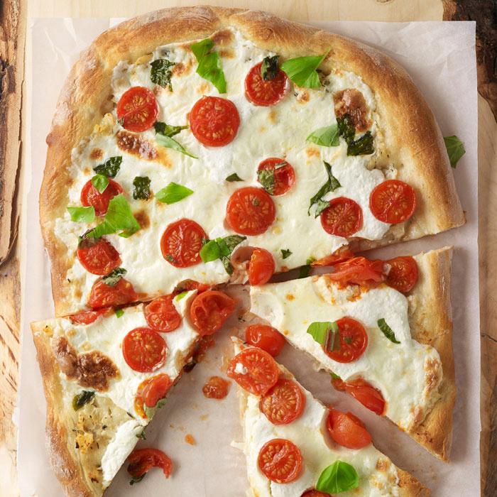 Tomato-Basil-Ricotta Pizza