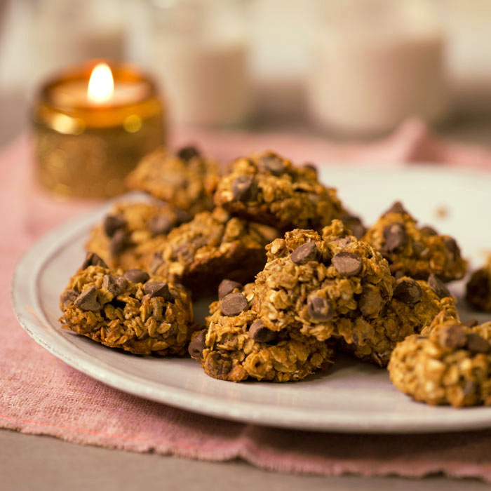Oh-So-Delicious Chocolate Chip Oatmeal Cookies