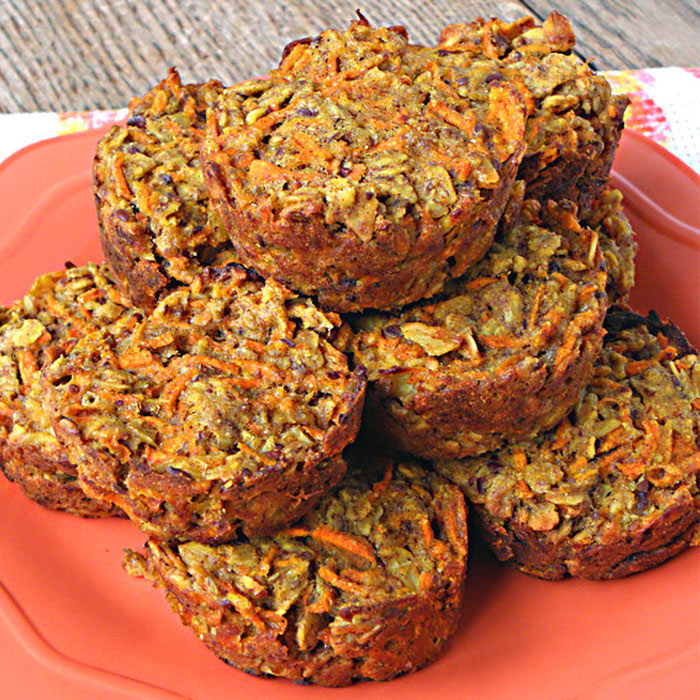 Carrot Cake Baked Oatmeal Cups