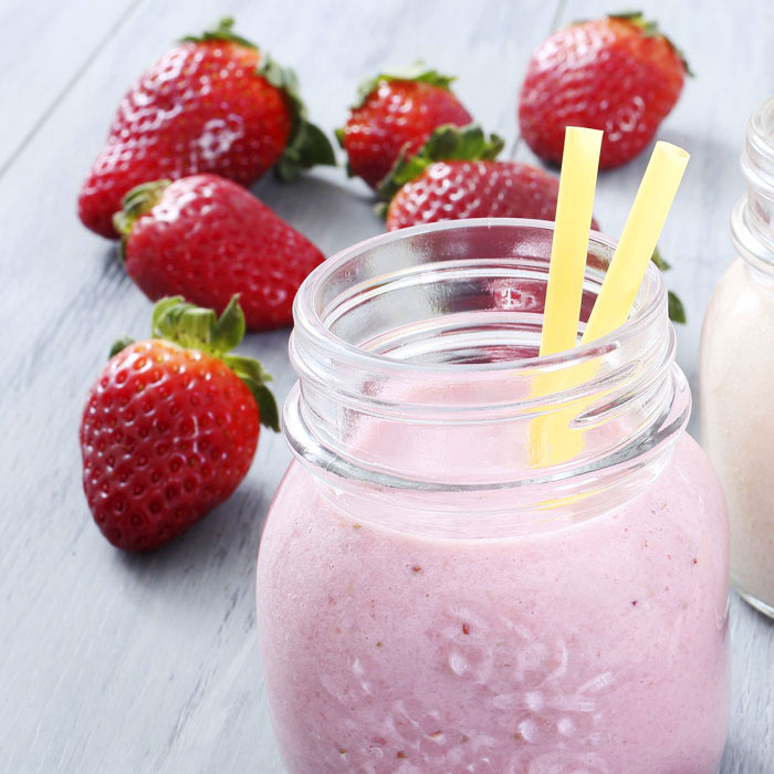 .Go Berry with Banana Smoothie