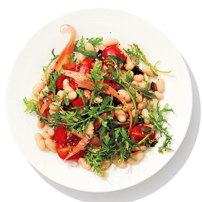 White Bean Salad with Olives and Arugula