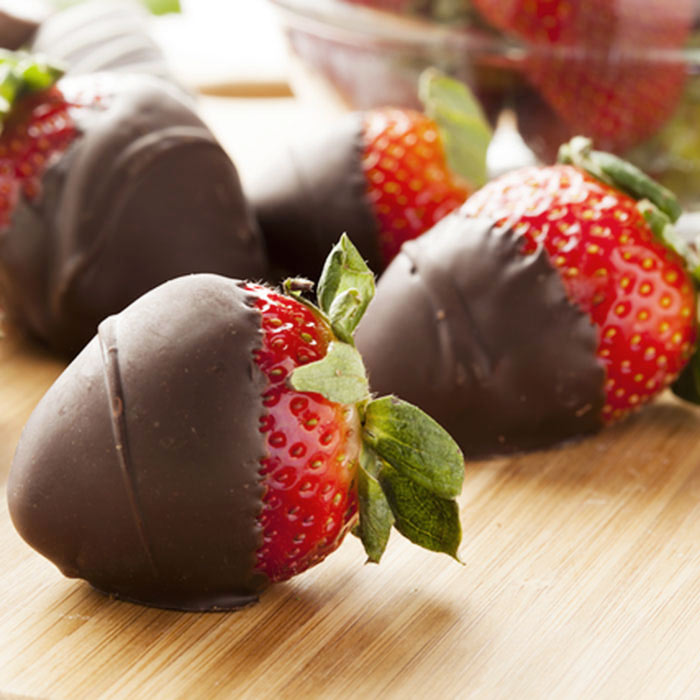 Mexican Hot Chocolate-Covered Strawberries