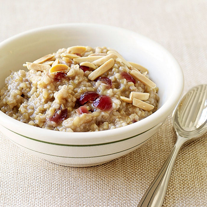 Cranberry-Maple Slow Cooker Oatmeal