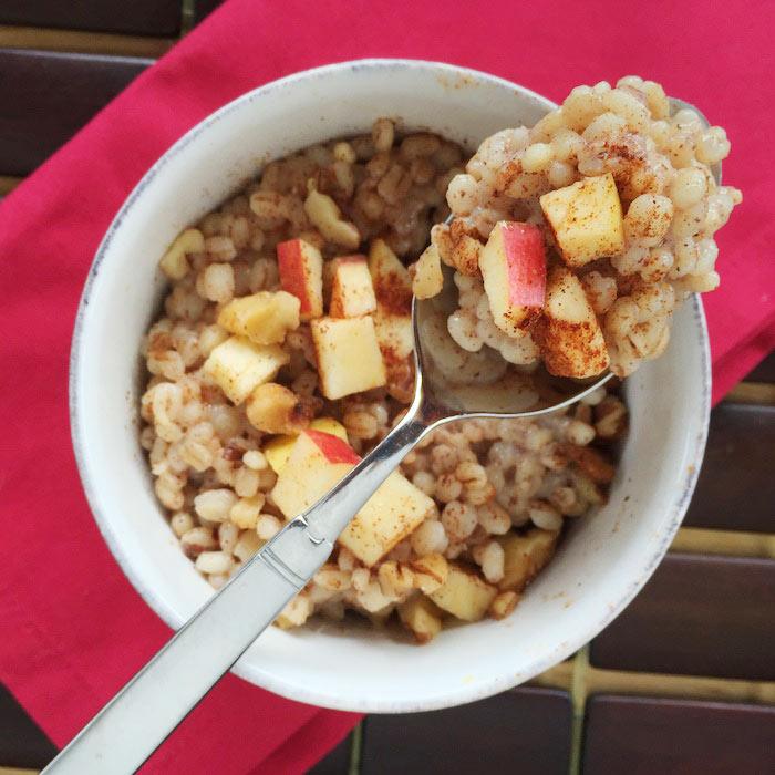 Apple-Cinnamon Breakfast Barley