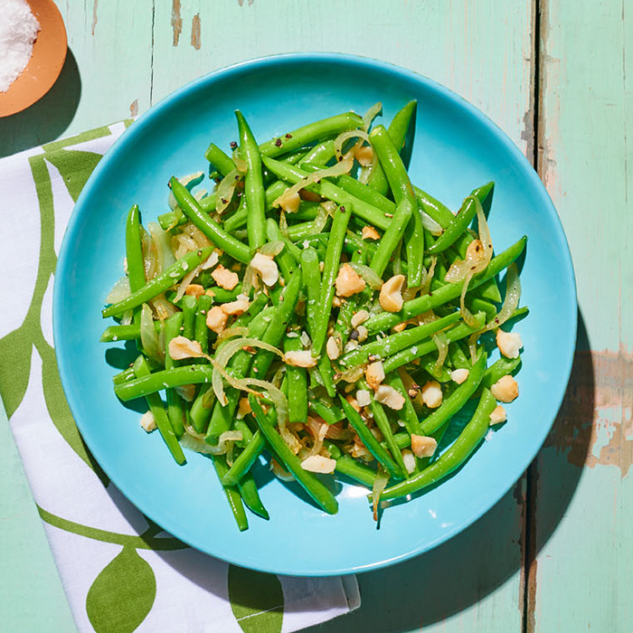 Haricots Verts With Macadamia Nuts